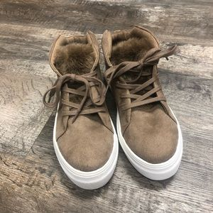 Mia high top sneakers shoes brown fur nwt